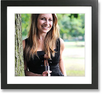 Charis, classical violinist for Sound Generation