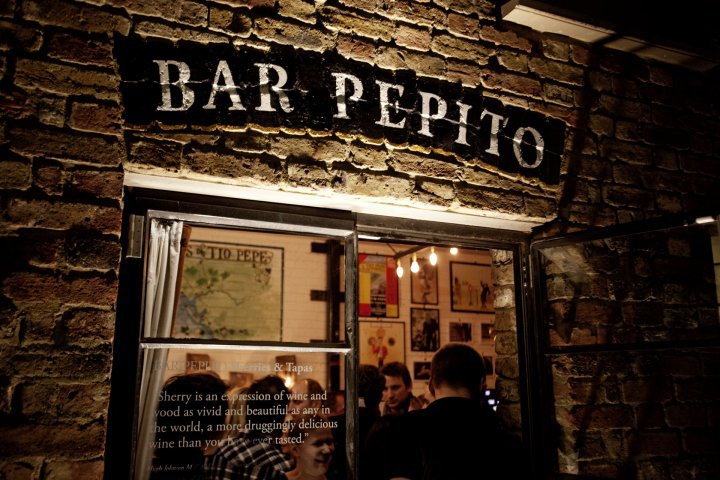 bar-pepito-front-door